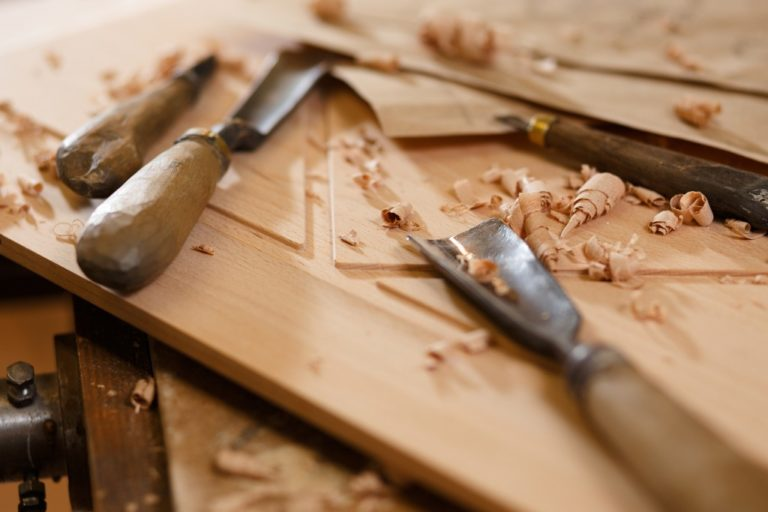 woodwork materials and tools