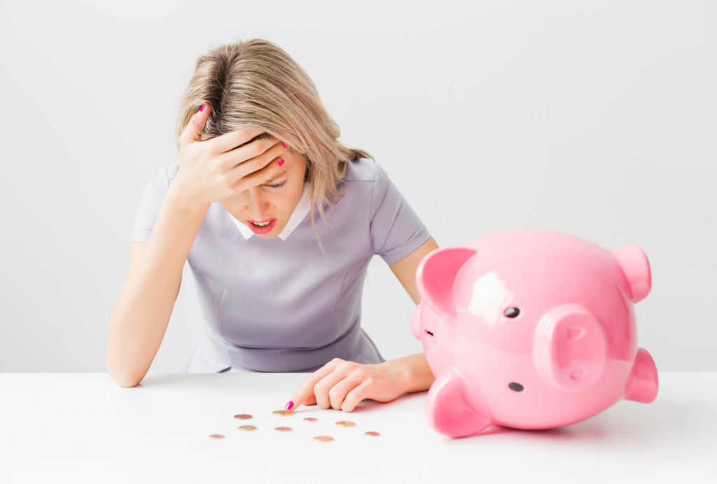 woman managing her finances